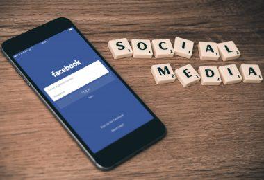 Why Low Self-Esteem Hurts a Positive Social Media Presence