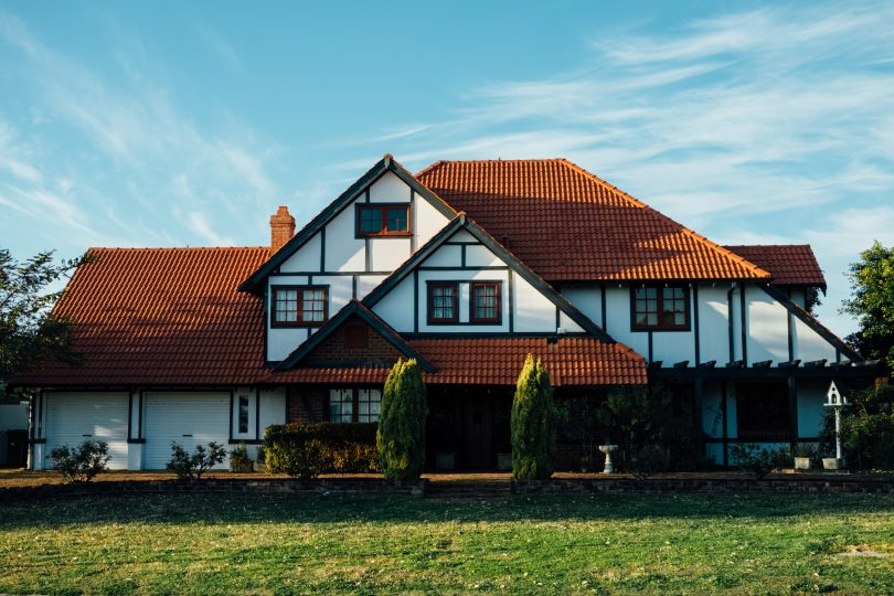 10 Tips to Dressing Up Your Home's Exterior