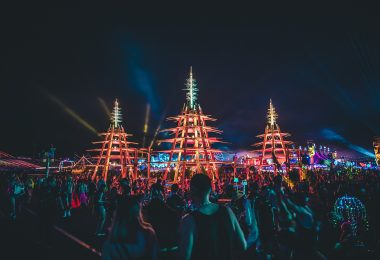 8 Music Festival Must-Haves